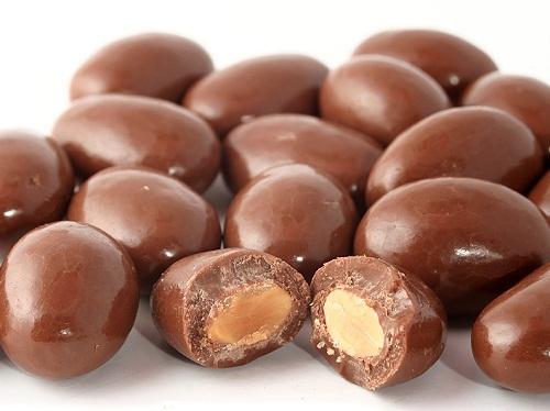 ALMOND CHOCOLATE MILK (3)
